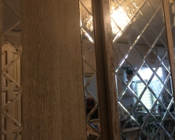 Зеркальная плитка для шкафа