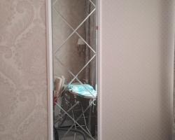 Зеркало с гравировкой в спальню