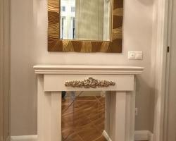 Декоративный портал с зеркалом