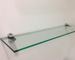 Полки из прозрачного стекла